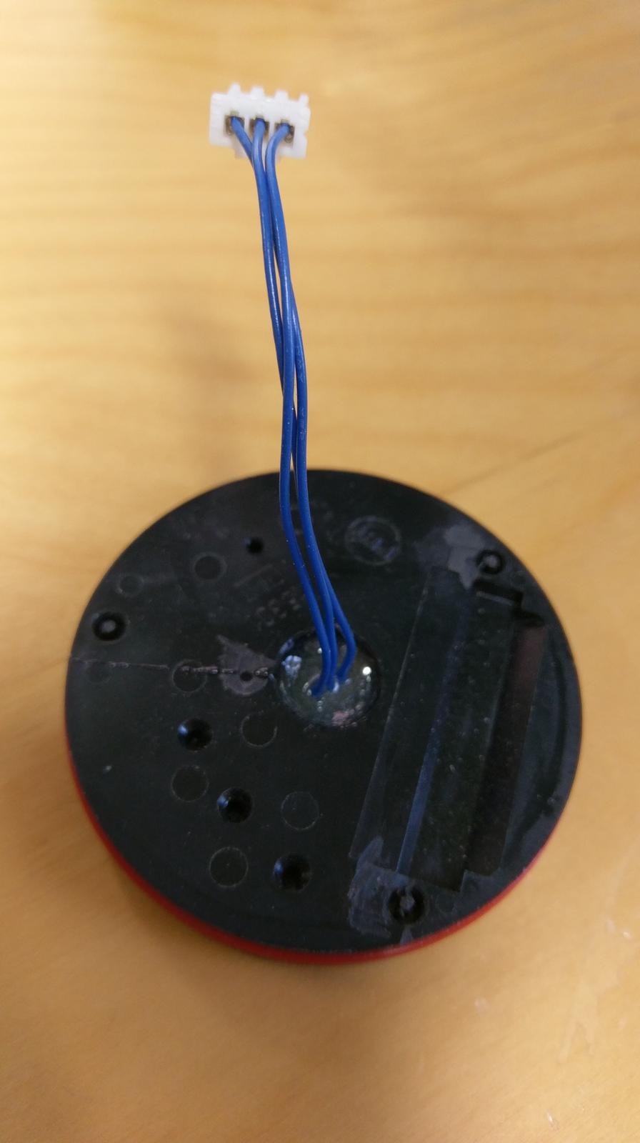 LogomatIQ - zaliaty Hall senzor