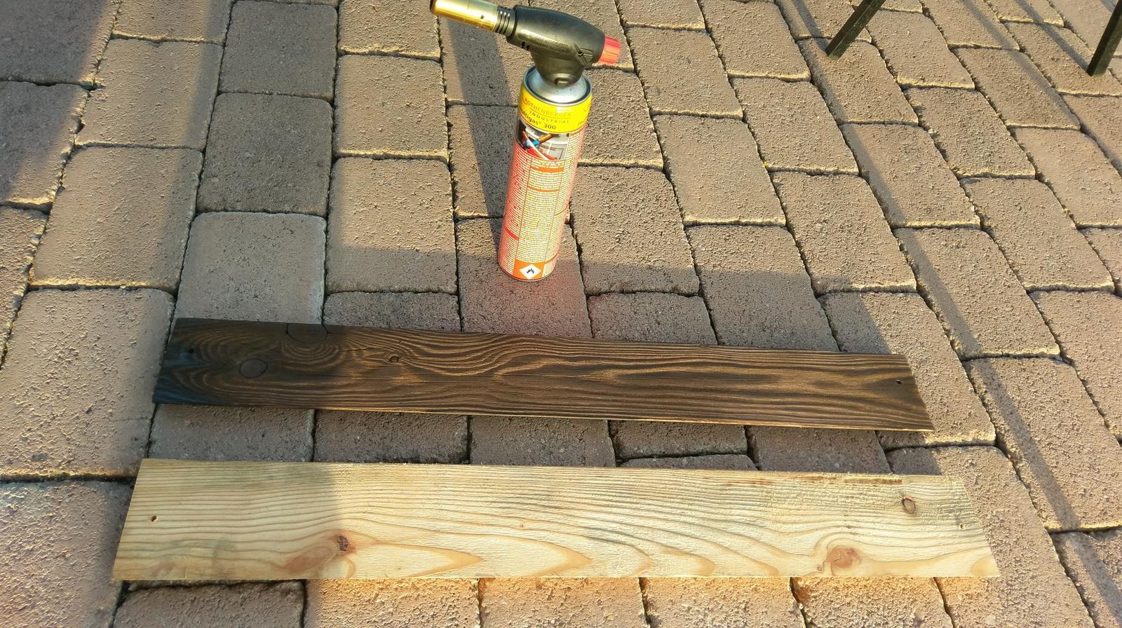 Plot - kupil som PB horak a drevo opalil
