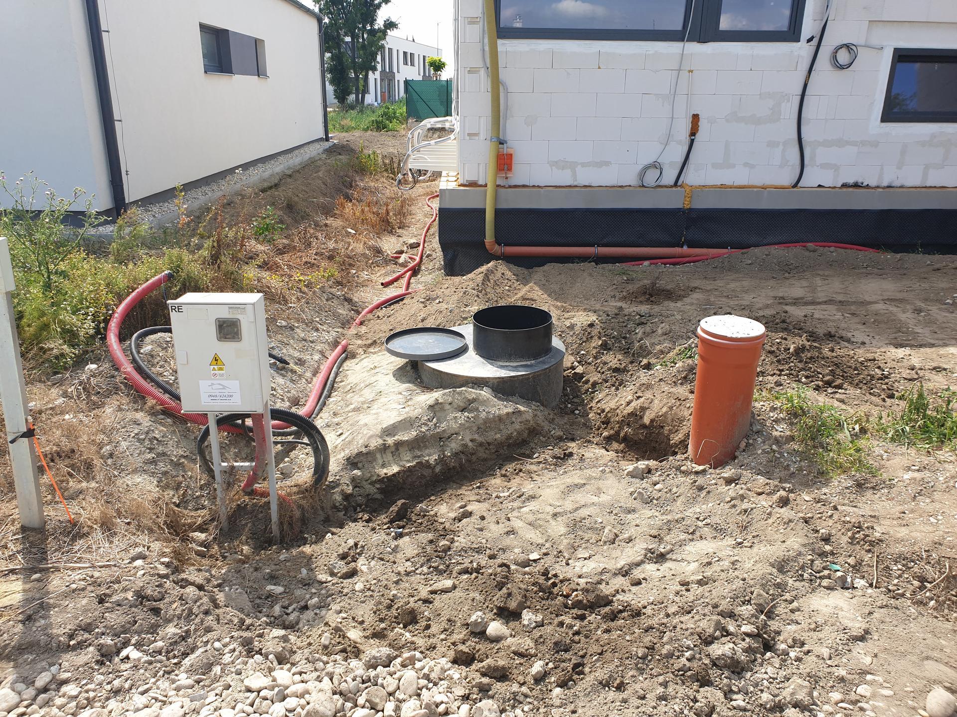 Dorabka pitnej vody k terase a filtra na prívode plus príprava na zmekcovac vody - Obrázok č. 3