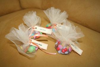 balíčky - darčeky pre hostí s menovkami