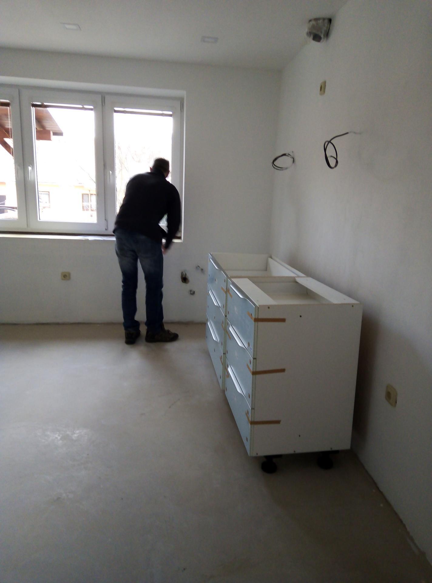 Sen o kuchyni... - Začínáme montovat :)
