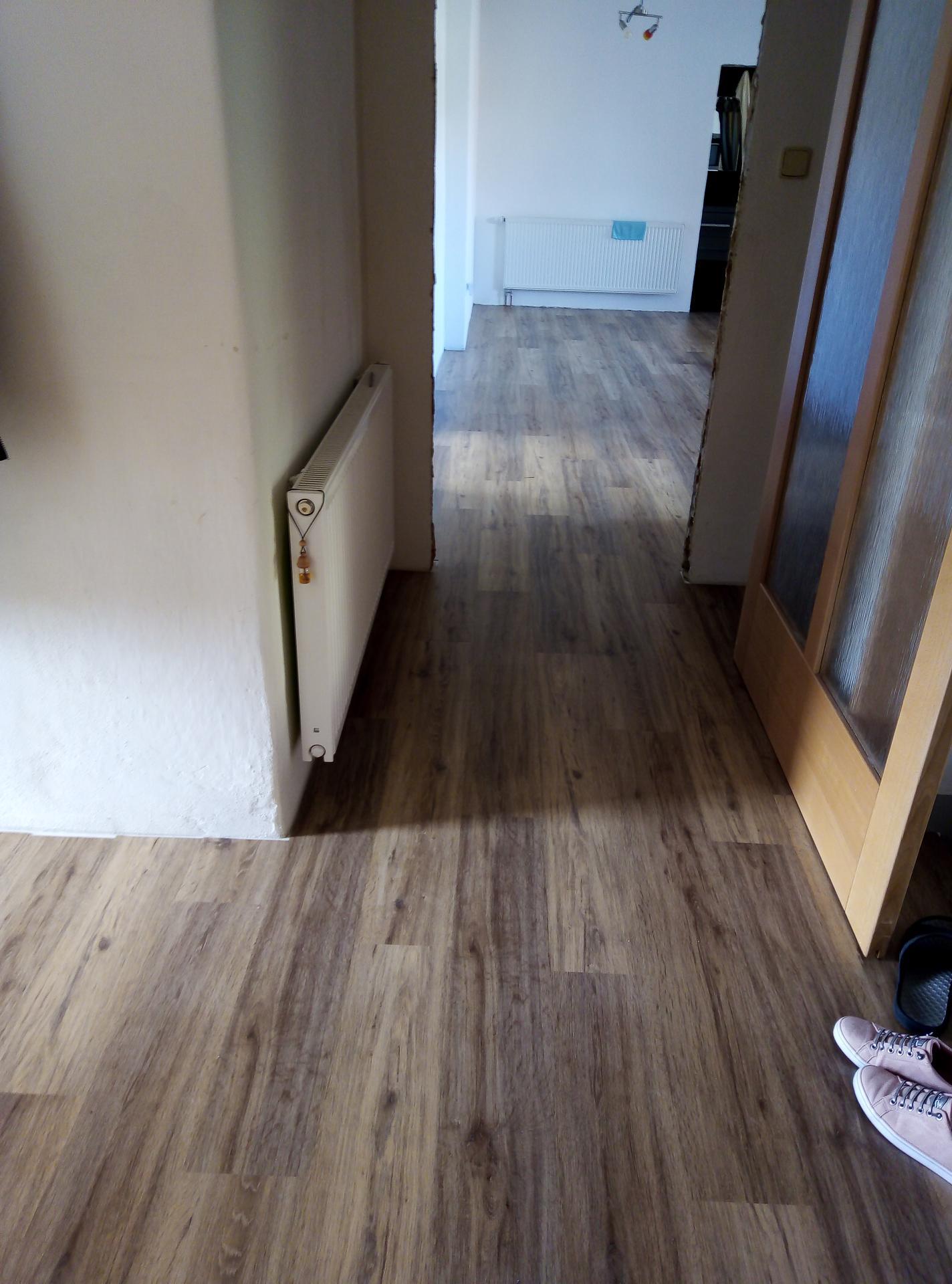Sen o kuchyni... - Mám podlahu :) jsem nadšená  Thermofix od Fatry odstín dub selský