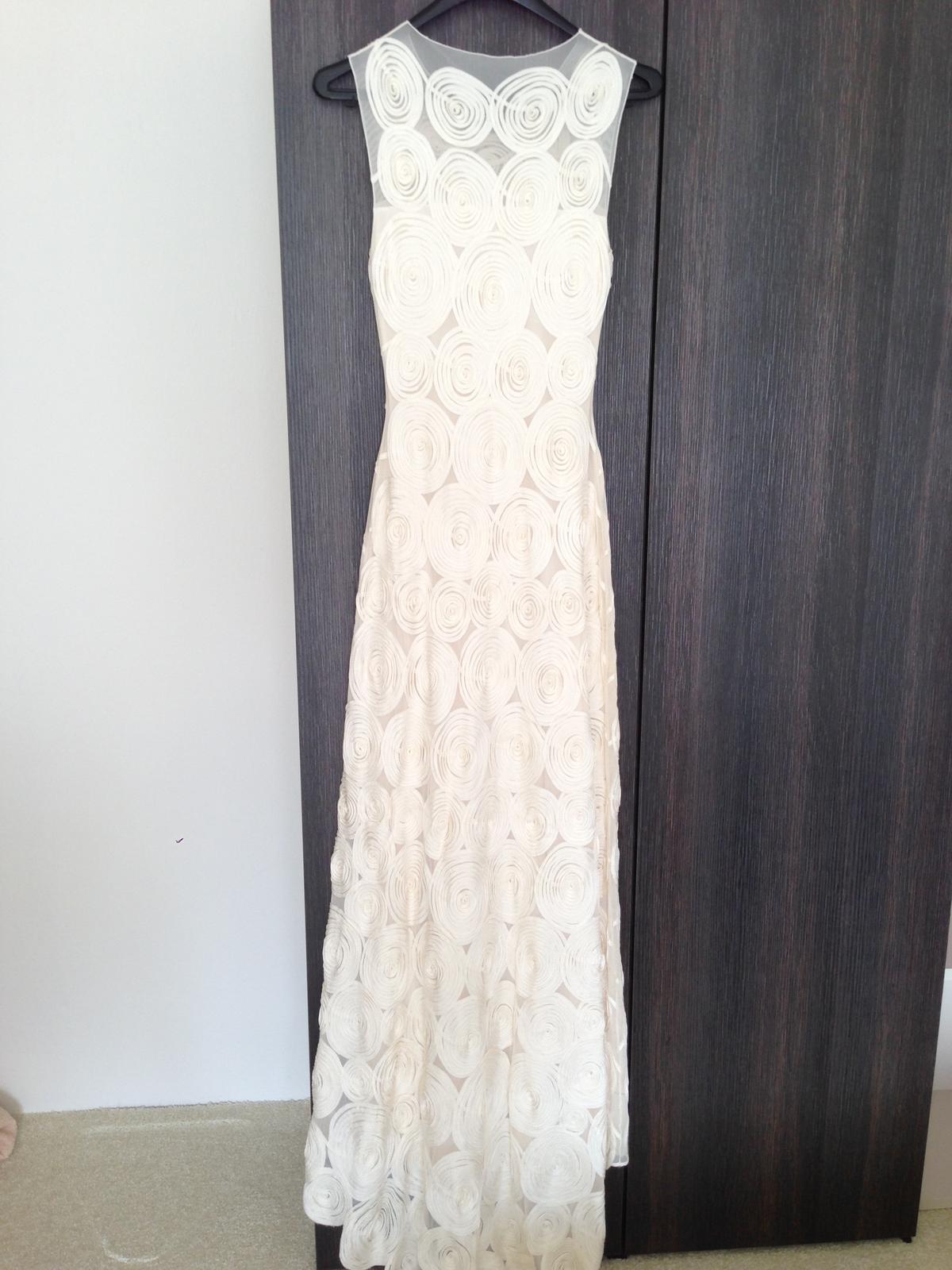 Jednoduché svadobné šaty Phase Eight Clemence - Obrázok č. 2