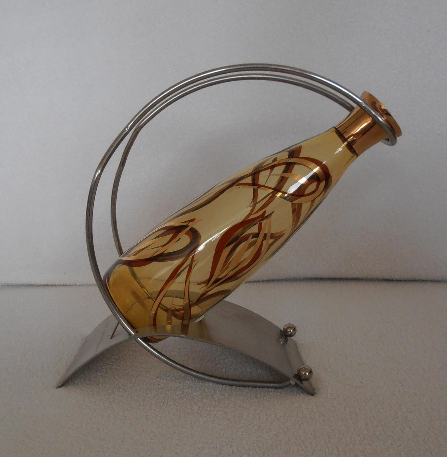 Stojan na víno - Obrázok č. 1