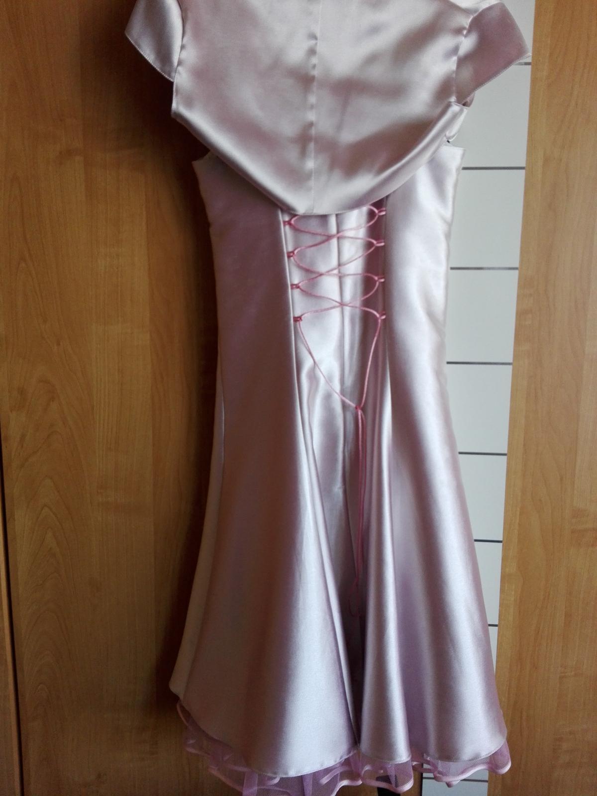 Žiarivé ružové šaty - Obrázok č. 2