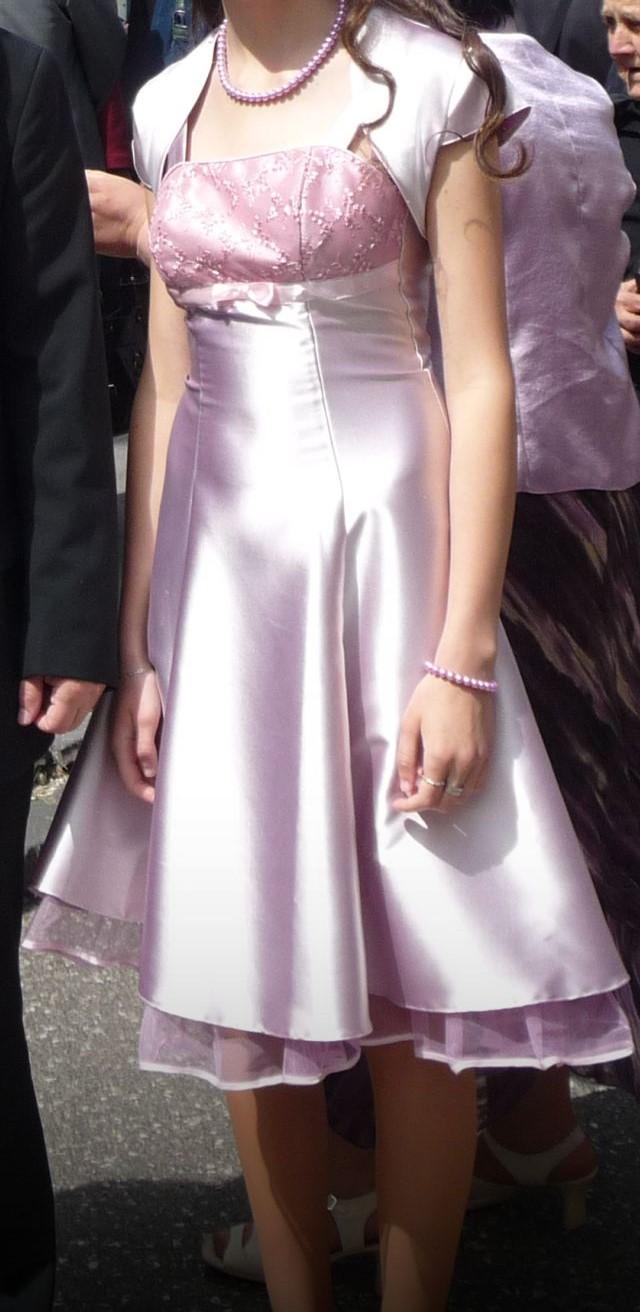 Žiarivé ružové šaty - Obrázok č. 1