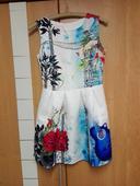 kvietkované šaty na každú príležitosť, 34
