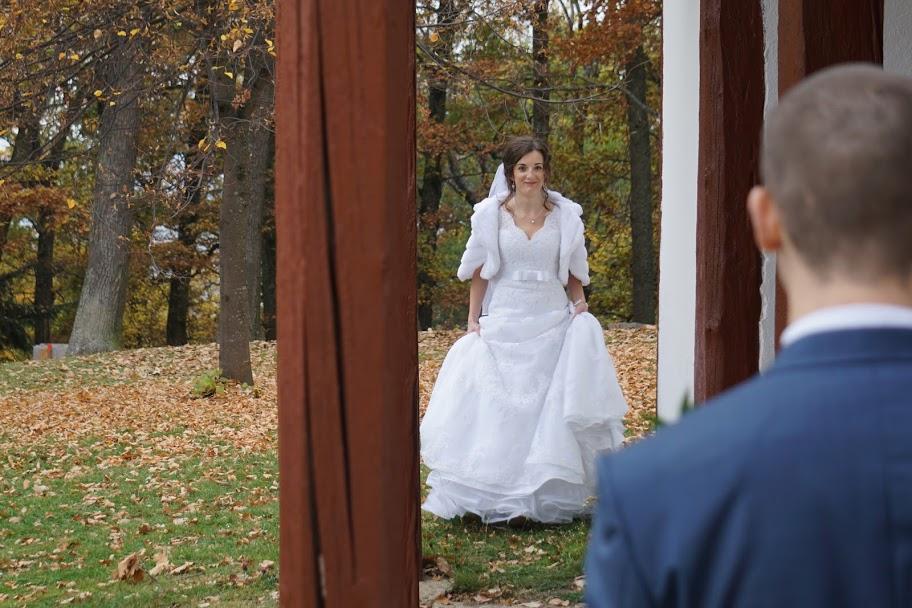 Svadobné šaty PRONOVIAS čipkované - Obrázok č. 4
