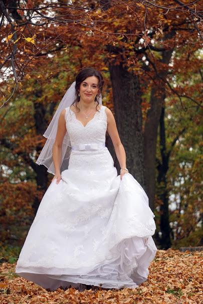 Svadobné šaty PRONOVIAS čipkované - Obrázok č. 1