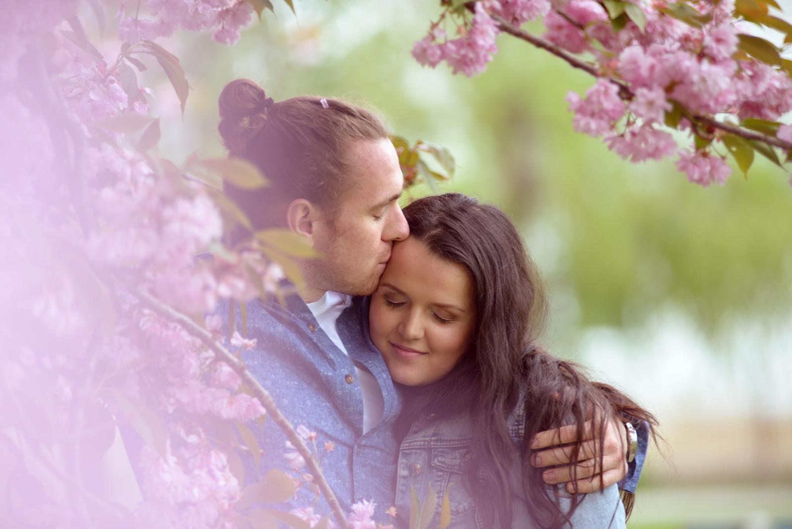 Fotografka je na svadbe dôležitou súčasťou a my sme radi že sme si vybrali správne :)  malá ukážka našich pred svadobných fotiek :) - Obrázok č. 2
