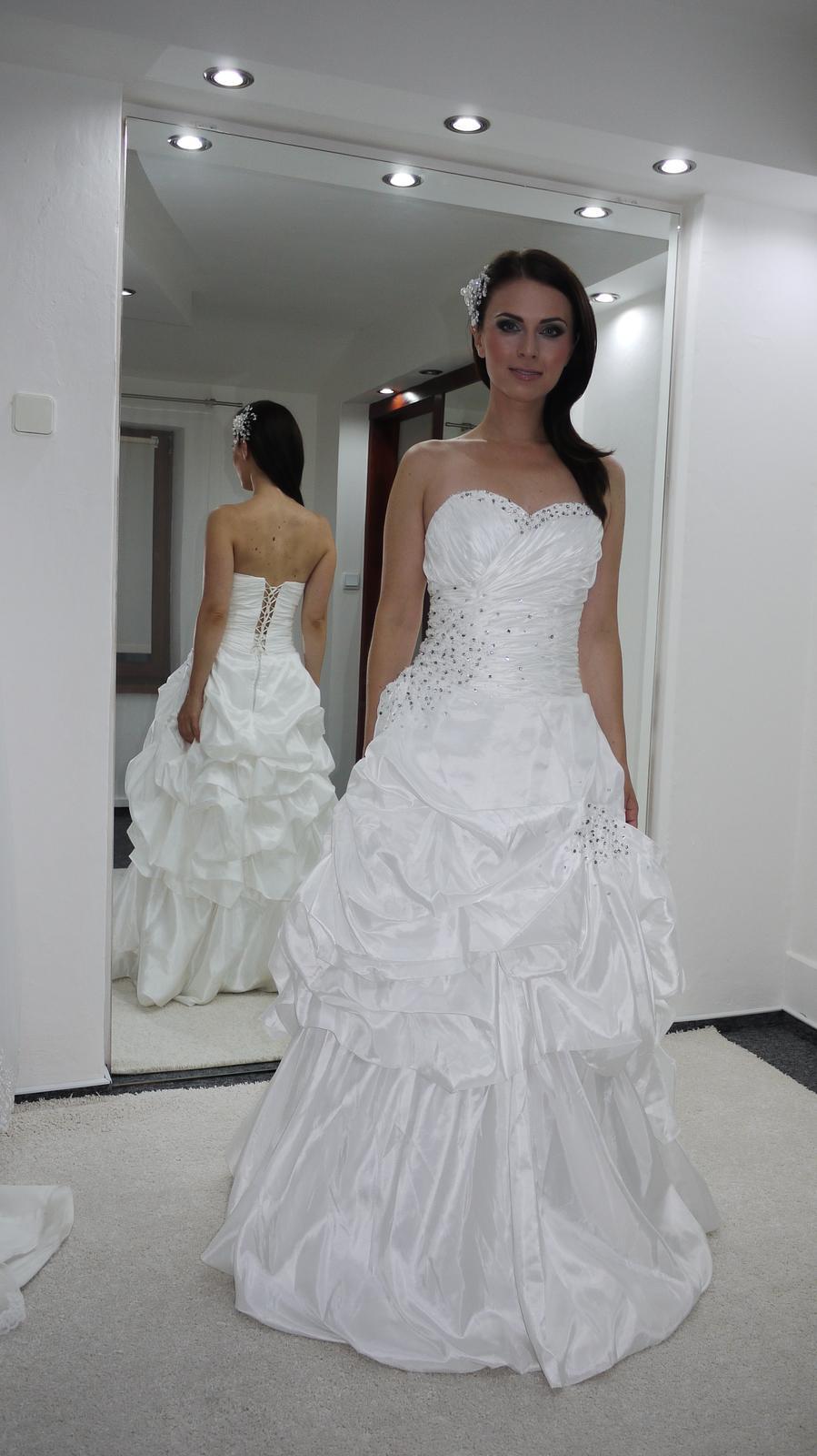 Značkové svatební šaty - Obrázek č. 1