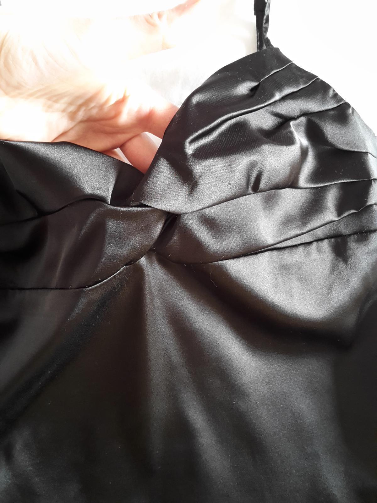 Sisley top s cipkou nenoseny - Obrázok č. 3