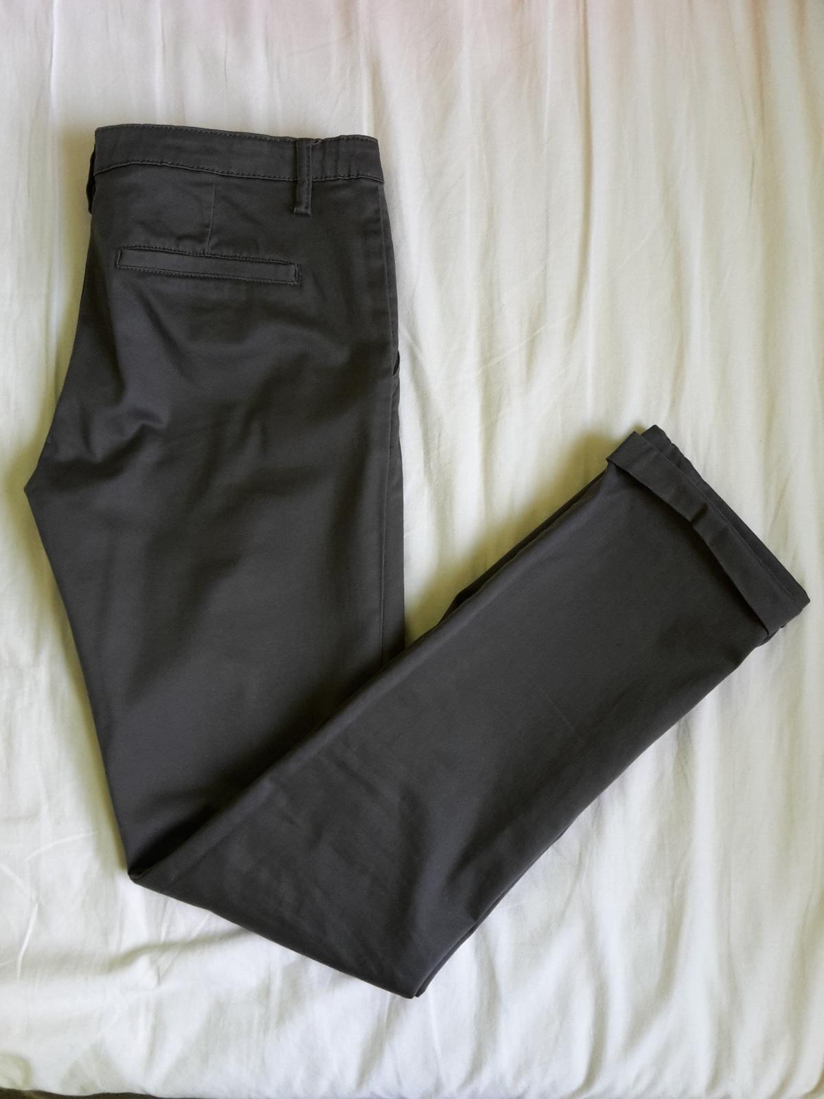 Tmavosede nohavice len oprane - Obrázok č. 1