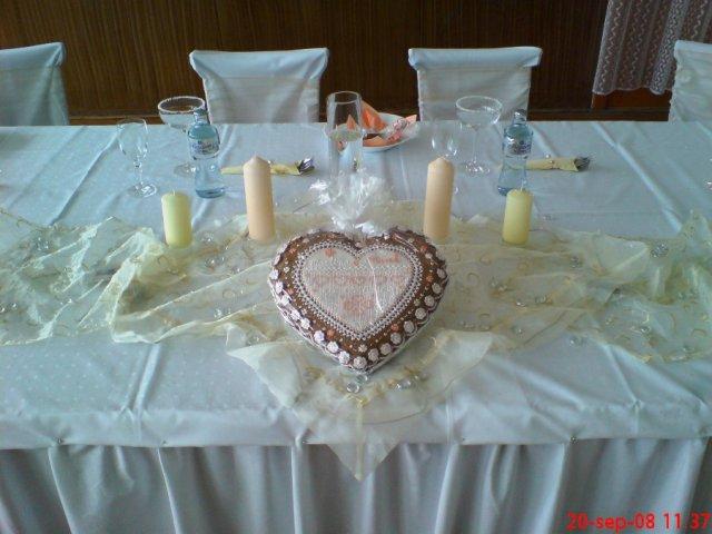 Martinka{{_AND_}}Marek - hlavný stôl