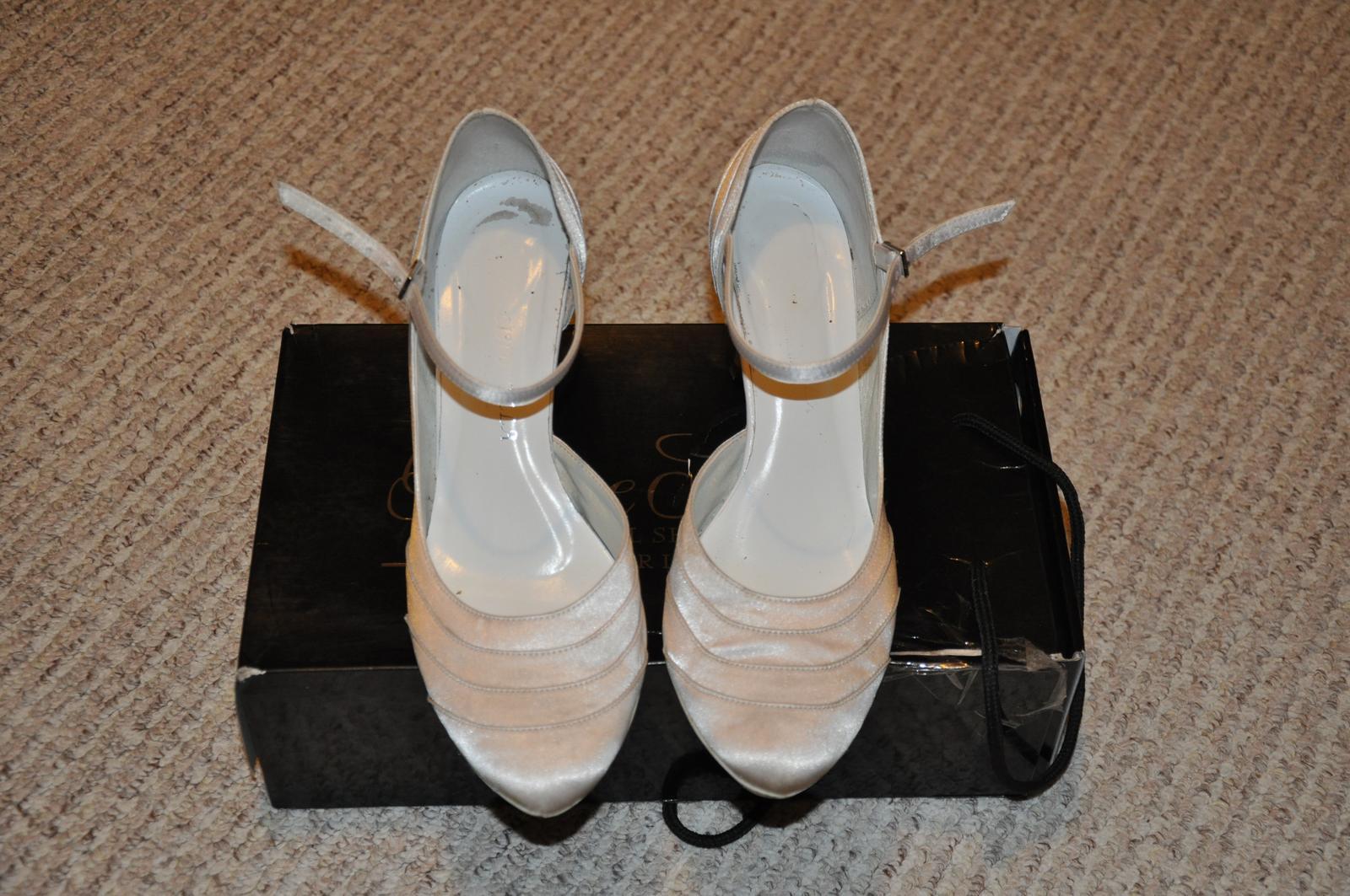 Svatební boty Cindrella - vel.39, 7cm podpatek - Obrázek č. 1