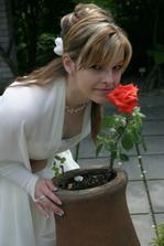 bola krásna a aj voňala, ale za svoju kytičku by som ju nikdy nevymenila....