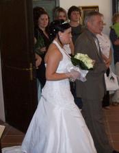 A nevěsta už jde....