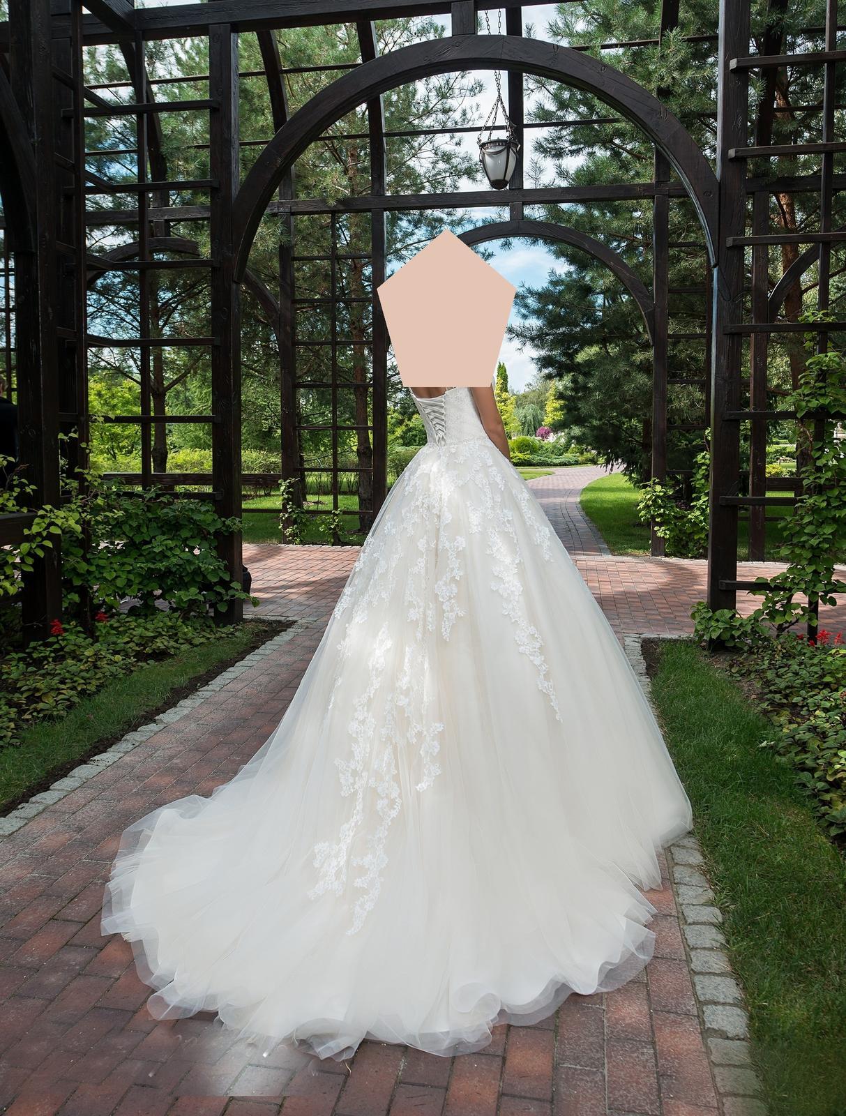 Romantické svadobné šatičky - Obrázok č. 1
