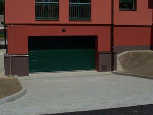 Naše garáž
