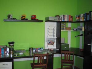 Nově udělaná pracovna + pokoj pro hosty