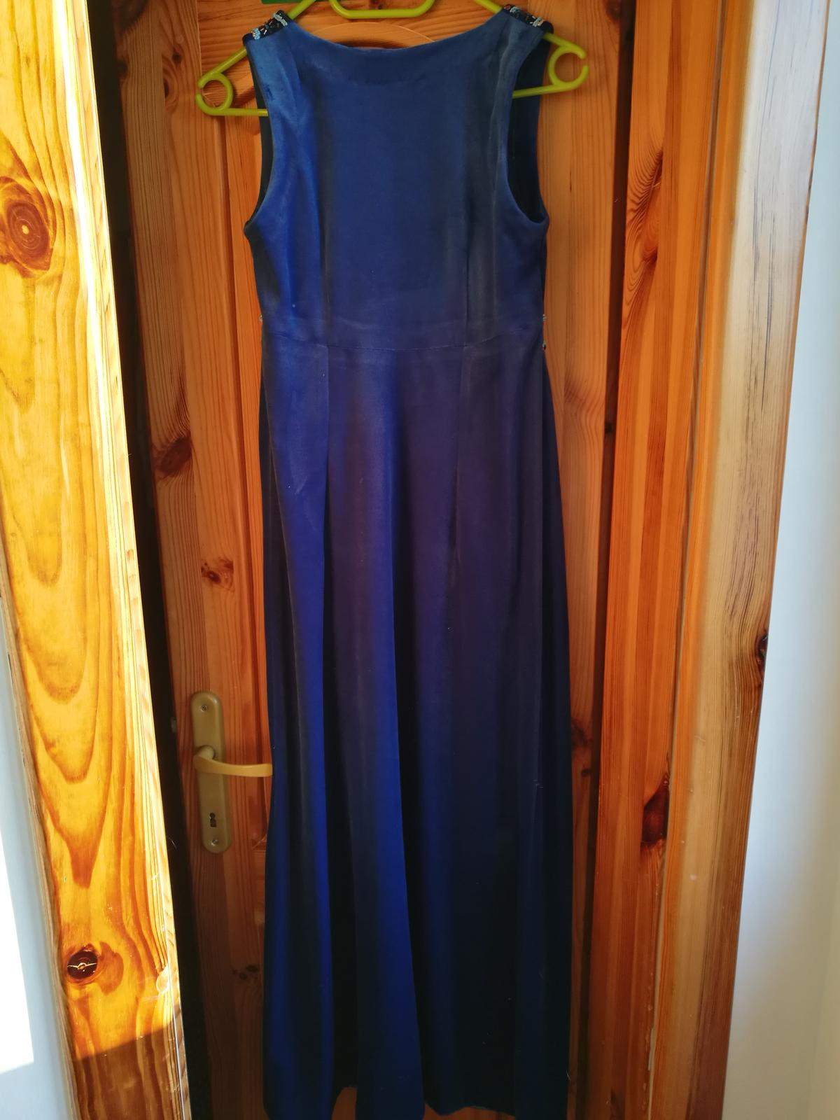 Originálne dlhé spoločenské šaty - Obrázok č. 2