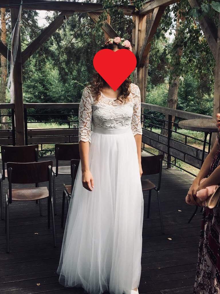 Čipkované šaty s tylovou sukňou - Obrázok č. 1