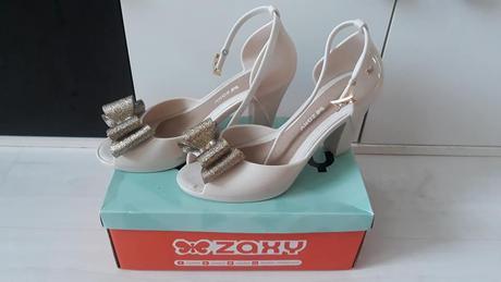 ZAXY - zlaté sandálky - Obrázok č. 1