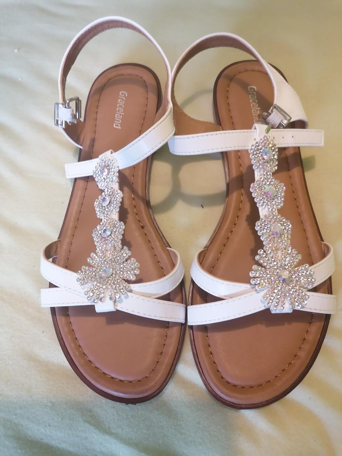 Nové sandálky nepoužité - Obrázek č. 1