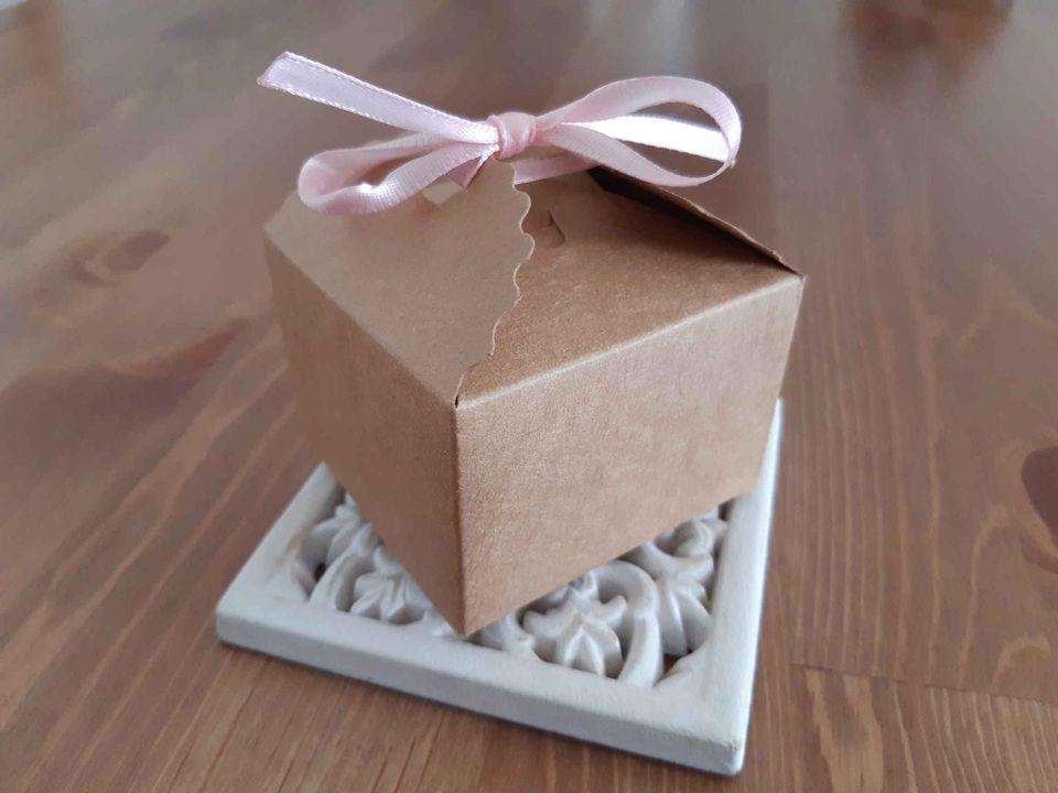 Krabičky na koláčky (cukroví / dárečky), kraftové, nepoužité, 30 ks - Obrázek č. 1
