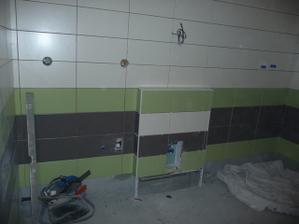 pračka - umyvadlo - sprcháč