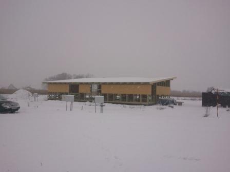 Náš dom :) - pod strechou ešte prefukuje