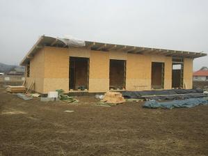 Vonkajšie opláštenie domu skoro skoro hotové :)