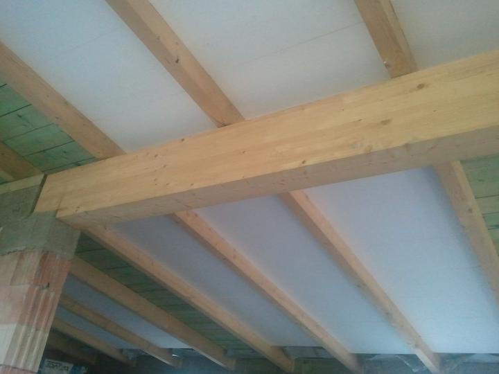 Náš dom :) - Nejaký PS už aj na strope