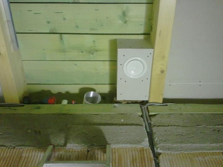 Náš dom :) - prívod čerstvého vzduchu do detskej izby na strope