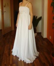 Nakonec jsem si objednala přes net nové šaty:) Už je mám doma, ale jsou moc dlouhé...