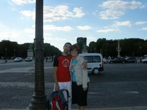 to už jsme na svatební cestě v Paříži