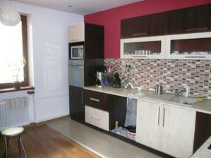 a toto je nová kuchyňa.......... :o))
