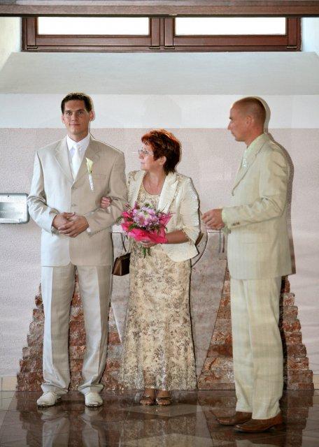 Dianka{{_AND_}}Palko - ženích s mamkou a svedkom