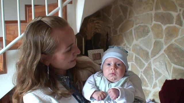 Georgina{{_AND_}}David - Olivier s maminkou