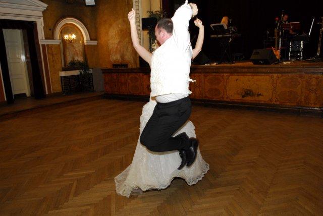 Lenka Vargova{{_AND_}}Raymond Brennan - nas 'crazy' prvy tanec :)