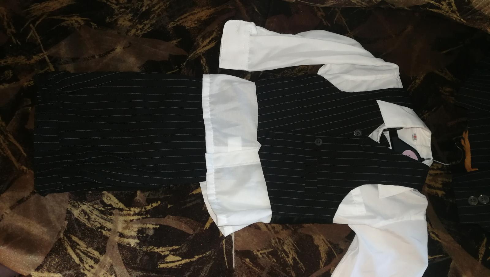 Chlapčenský oblek - Obrázok č. 1