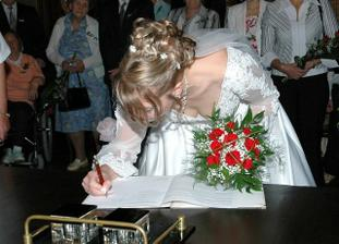 Ještě podpis nevěsty