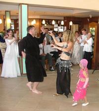 tak na břišní tance jsem si netroufla, ale bavili jsme se perfektně :o)))