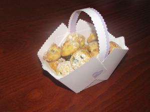 Košíček naplněný povidlovými, tvarohovými a makovými koláčky :-)