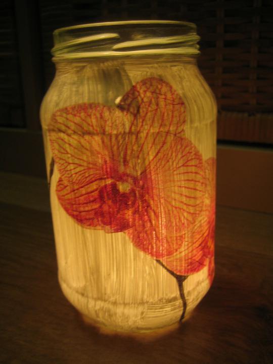 Nezbytné maličkosti :-) - ..zda je použít..., když svítí, tak to nevypadá dobře, což je u lucerniček nežádoucí :-(