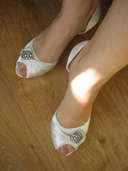 Nezbytné maličkosti :-) - V reálu na noze...