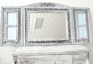 zrcadlo a 4 rámečky na fotky