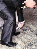 Ve svatební den Popelkou - při odchodu z obřadní síně jsem ztratila střevíček