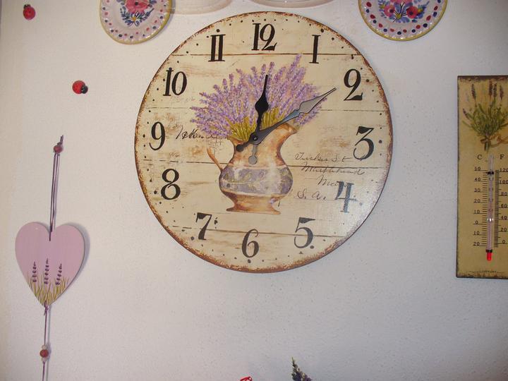 Moje dekorky - moje radosti - v sconte majú dobrý výber hodiniek