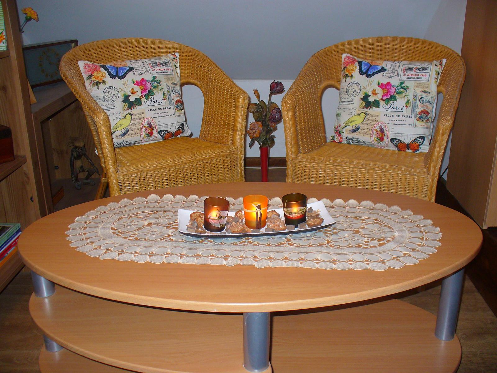 Moje dekorky - moje radosti - a už som našla miesto aj pre darček